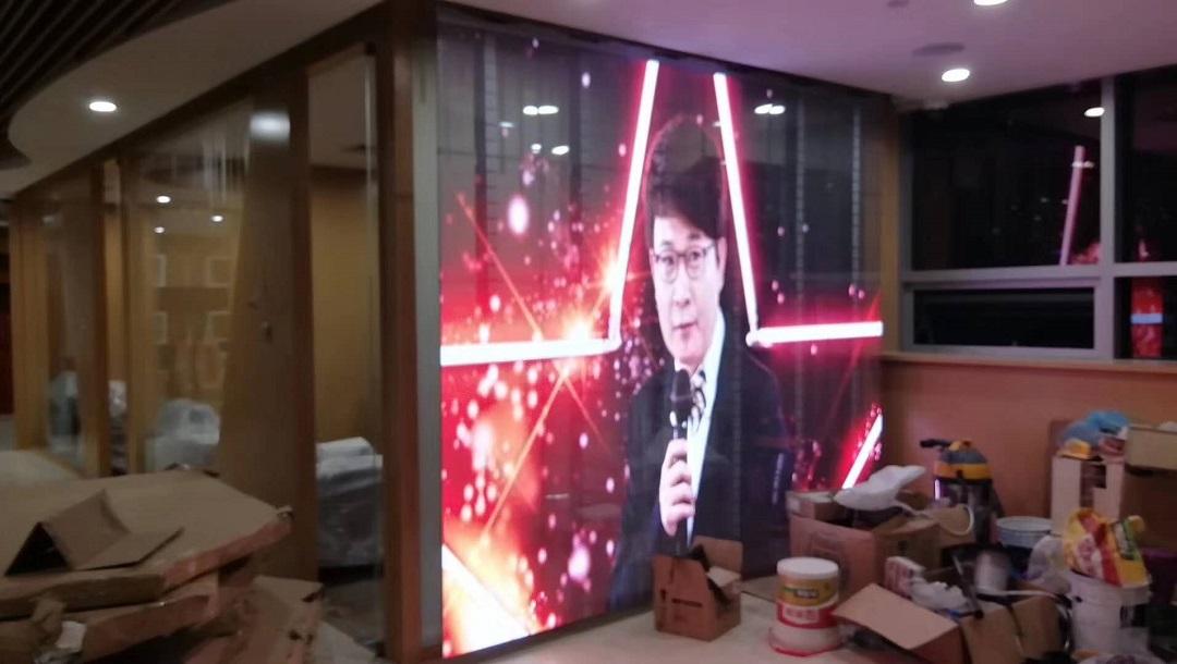 北京银行3.91透明屏完美点亮